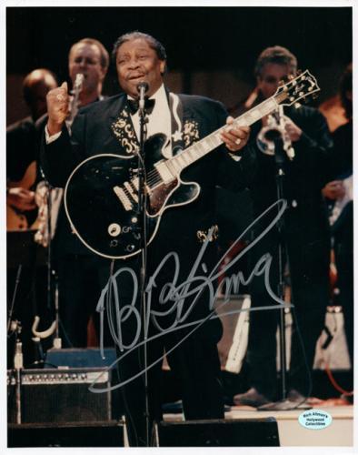 B.B. King Autographed Signed 8x10 Concert Photo AFTAL UACC RD COA