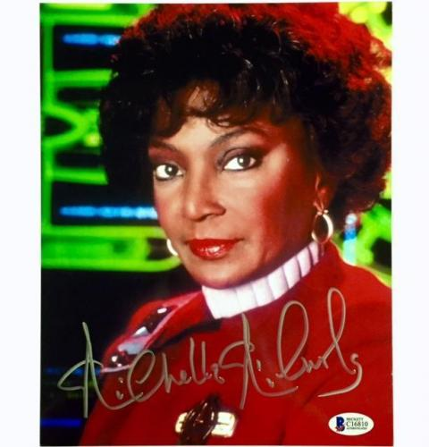 NICHELLE NICHOLS Uhura Autograph STAR TREK Signed 8x10 Photo #2 BAS Beckett COA