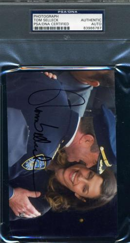 Tom Selleck Authentic Hand Signed Autograph 4x6 Photo Magnum Pi Blue Bloods