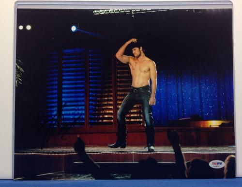 Alex Pettyfer Signed 11x14 Magic Mike Photo PSA Cert# AA54395