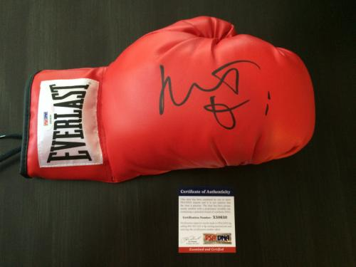Robert De Niro Signed Auto Boxing Glove PSA/DNA Raging Bull