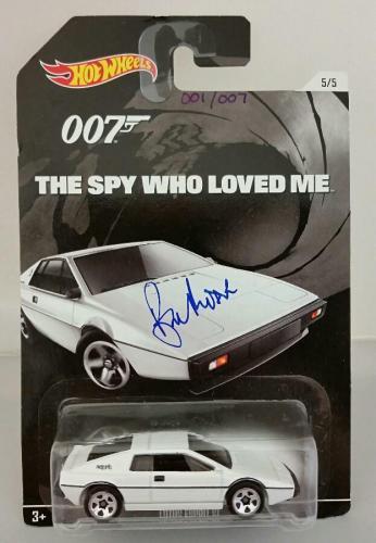 ROGER MOORE Signed James Bond 007 LOTUS ESPRIT S1 Hot Wheel *#001* /007 PSA/DNA