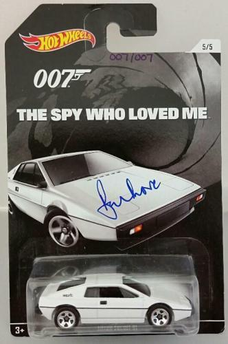 ROGER MOORE Signed James Bond 007 LOTUS ESPRIT S1 Hot Wheel *#007* /007 PSA/DNA