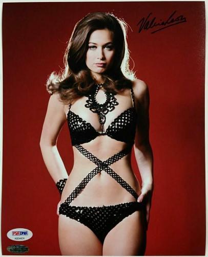 VALERIE LEON Signed 8x10 Photo #4 THE SPY WHO LOVED ME Auto w/ PSA/DNA COA