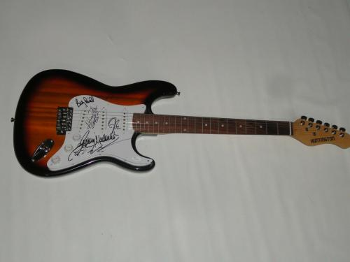 Lynyrd Skynyrd Signed Guitar Gary Rossington Van Zant Billy Powell Pile Jsa Coa