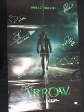 (6) Arrow Cast-Signed Poster Autograph Auto PSA/DNA AC02082