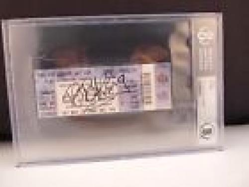 BB King Signed Autographed Beckett Certified & Slabbed Concert Ticket