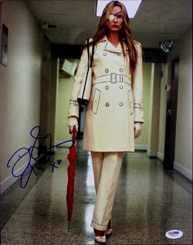 Daryl Hannah Kill Bill Signed 11X14 Photo Autographed PSA/DNA #I85147