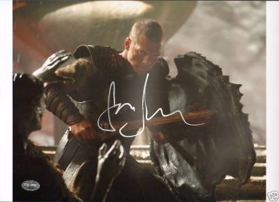 Sam Worthington Signed Clash of Titans 10x14 Photo PSA/DNA COA Autograph Picture