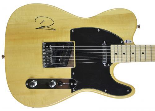 Nirvana Dave Grohl Signed Huntington Electric Guitar BAS #F71085