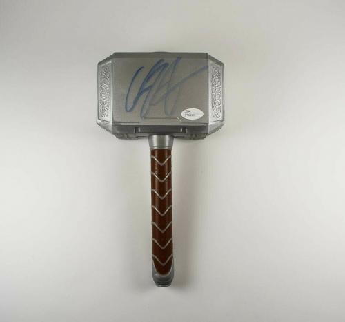 Chris Hemsworth Avengers Thor Endgame Autographed Signed Ragnarok Hammer JSA COA