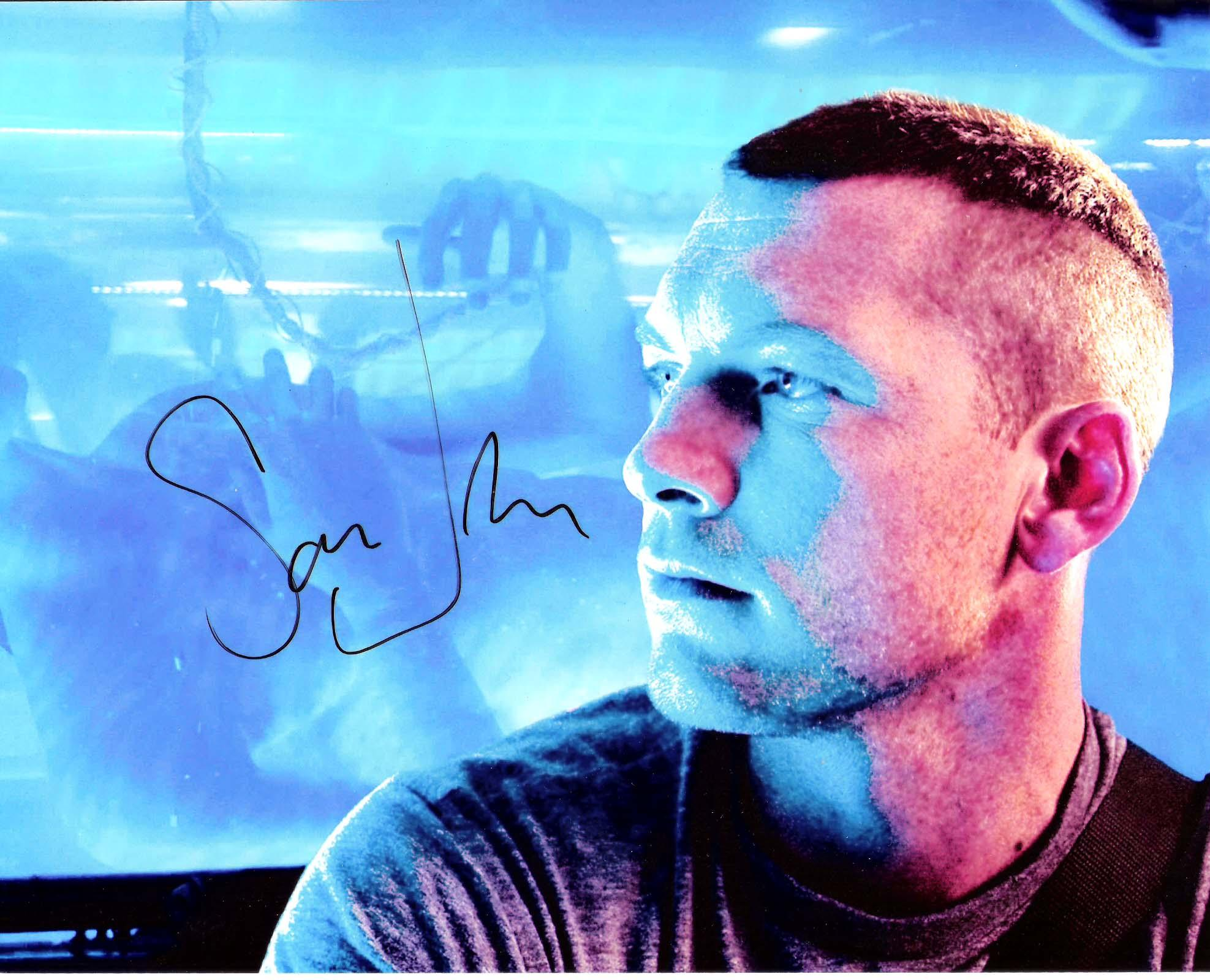 """SAM WORTHINGTON """"AVATAR"""" Also in """"TERMINATOR SALVATION"""" and """"CLASH of the TITANS"""" Signed 10x8 Color Photo"""