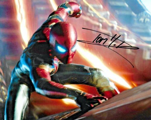 Tom Holland Spiderman The Avengers Endgame Marvel Signed 8x10 Photo W/ DG COA A