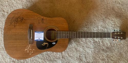 Slash Izzy Steven & Duff Guns Roses Signed Autographed Guitar Beckett Certified
