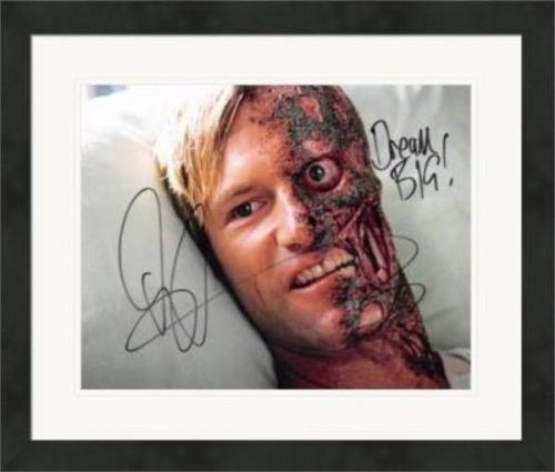 Aaron Eckhart autographed 8x10 photo (Harvey Dent Batman Two Face Dark Knight) #SC6 Matted & Framed