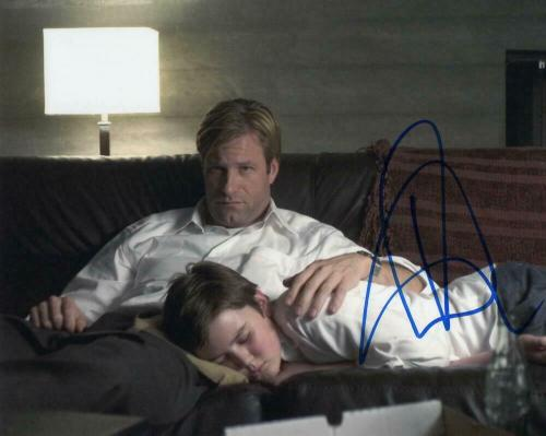 Aaron Eckhart Signed Autograph 8x10 Photo - The Dark Knight Stud, Sully Paycheck