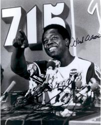 Hank Aaron Atlanta Braves Autographed 16'' x 20'' At Podium Photograph - Mounted Memories