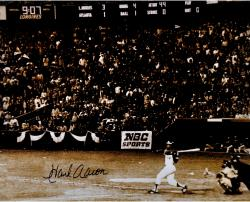 "Hank Aaron Atlanta Braves Autographed 16"" x 20"" Swinging Photograph"