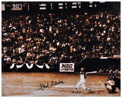 Hank Aaron Milwaukee Braves Autographed 16'' x 20'' After 715 HR Photograph - Mounted Memories