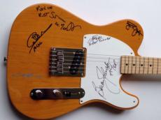 AC/DC Angus Young Brian Johnson GROUP Signed FENDER GUITAR + PSA DNA ac dc
