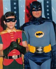 Adam West & Burt Ward 8x10 photo (Batman & Robin)