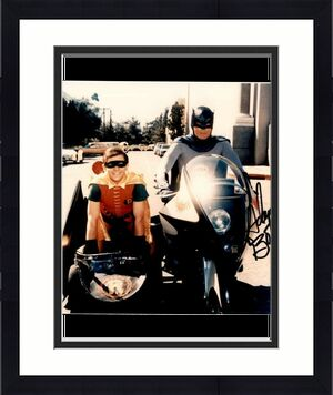 Adam West PSA DNA Coa Signed 8x10 Batman Photo Autograph
