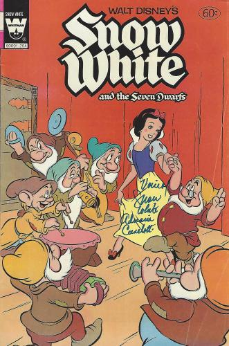 "ADRIANA CASELOTTI - Voice of SNOW WHITE in 1937 Movie ""SNOW WHITE and the SEVEN DWARFS"" (Passed Away 1997) Signed 1944 COMIC BOOK"