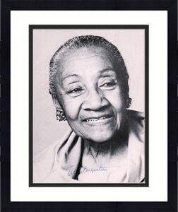 "Alberta Hunter Autographed 8"" x 10"" Blues Singer Photograph - JSA"