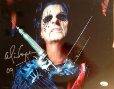 ALICE COOPER (Along Came A Spider)  signed  Photo 11x14 -PSA J51210