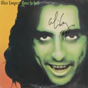 Alice Cooper Autographed Alice Cooper Goes to Hell Album Cover - PSA/DNA COA
