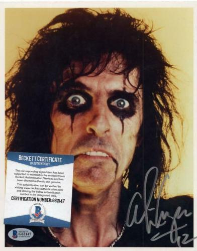 Alice Cooper Music Legend Signed  8x10 Photo Beckett G62147