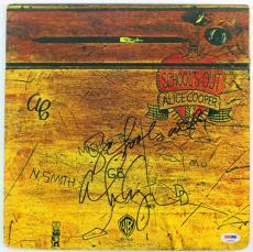 "Alice Cooper ""schools Out"" Signed Album Cover W/ Vinyl Psa/dna #s38052"