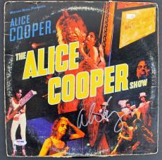 "Alice Cooper Signed 'Alice Cooper Show"" Album Cover W/ Vinyl PSA ITP #7A26915"