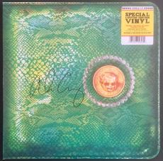 "ALICE COOPER signed ""Billion Dollar Babies"" 180 gram album- FSC COA"