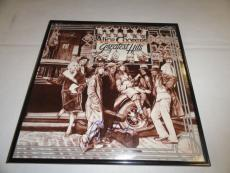 """Alice Cooper Signed Framed """"alice Coopers Greatest Hits"""" Album Alice N Chains"""