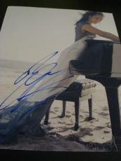 ALICIA KEYS SIGNED AUTOGRAPH 8x10 PHOTO NEW YORK IN PERSON BABE SEXY CONCERT D