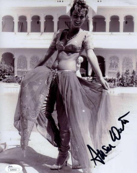 Alison Worth Jsa Hand Signed James Bond 8x10 Photo Authentic Autograph