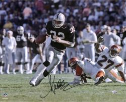 Marcus Allen Oakland Raiders Autographed 16'' x 20'' vs. Cincinnati Bengals Photograph - Mounted Memories