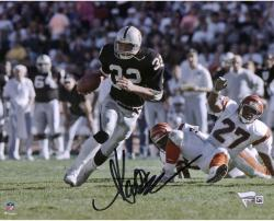 Marcus Allen Oakland Raiders Autographed 8'' x 10'' vs. Cincinnati Bengals Photograph - Mounted Memories