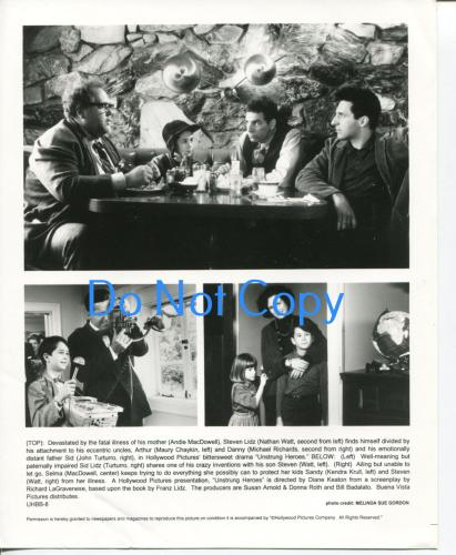 Andie MacDowell Michael Richards John Turturro Unstrung Heroes Press Movie Photo