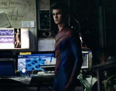 Andrew Garfield Signed Autographed 8x10 Photo The Amazing Spiderman COA VD