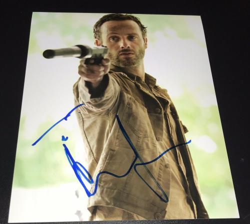 "Andrew Lincoln Signed Autograph New ""the Walking Dead"" Gun Promo 8x10 Photo Coa"