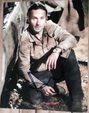 """ANDREW LINCOLN SIGNED AUTOGRAPH """"WALKING DEAD"""" RICK EPISODE POSE 8x10 PHOTO COA"""