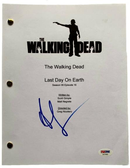 Andrew Lincoln Signed The Walking Dead Last Day On Earth Script PSA AF37493