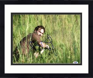 Andrew Lincoln The Walking Dead Signed 11X14 Photo PSA/DNA #W46305