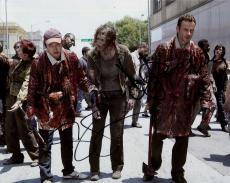 ANDREW LINCOLN+STEVEN YEUN HAND SIGNED 8x10 COLOR PHOTO+COA     THE WALKING DEAD