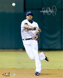 Elvis Andrus Texas Rangers Autographed 16'' x 20'' Throw Ball Photograph - Mounted Memories