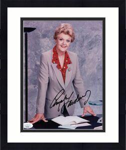 ANGELA LANSBURY HAND SIGNED 8x10 PHOTO+COA    GREAT POSE     MURDER SHE WROTE