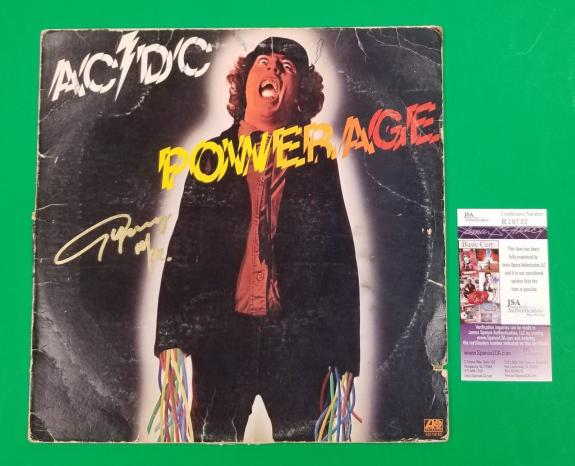 """ANGUS YOUNG SIGNED AC/DC """"POWERAGE"""" LP ALBUM WITH JSA COA psa BACK IN BLACK"""