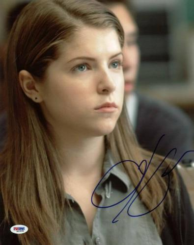 Anna Kendrick Up In The Air Signed 11X14 Photo PSA/DNA #M42898